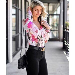 Express floral bodysuit excellent condition